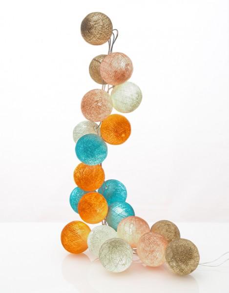 good moods* ZUCKERWATTE - Ball-Lichterkette mit 20 Stoffkugeln - 20 warmweiße LEDs - Geschenkkarton