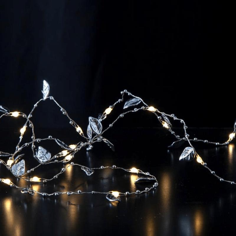Kleiner Dekobaum mit goldenen Blättern 20 Mini LEDs warmweiß Batterie h 40 cm