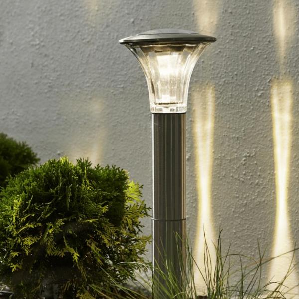 "LED Solar Wegleuchte ""Nice"" - Edelstahl - warmweiße LED - 60/15lm - Dämmerungsensor - silber"