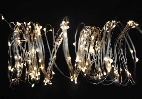 LED Fächer mit 200 warmweißen microLEDs - Batteriebetrieb - 10 Stränge - 200cm silberner Draht