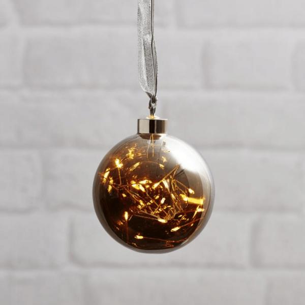 Glaskugel GLOW - Rauchglas - 15 warmweiße LED am Draht - D: 10cm - Batteriebetrieb - Timer