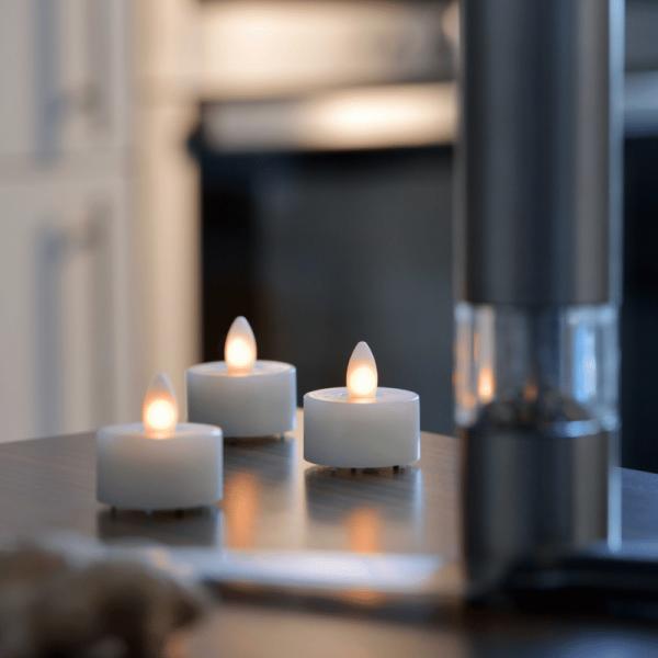 SOMPEX LED Teelicht SHINE 4er Set | elfenbein | D: 4,5cm H: 4cm | fernbedienbar | Timer